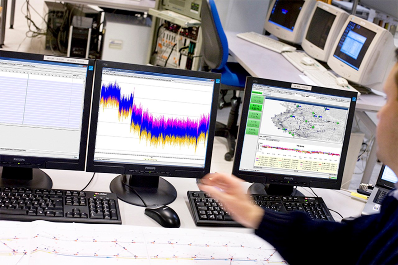HVDC Control - Alstom electromagnetic relay catalogue